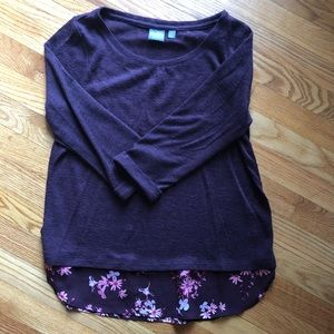 Sweaters - New York and Company, size M, lightweight sweater